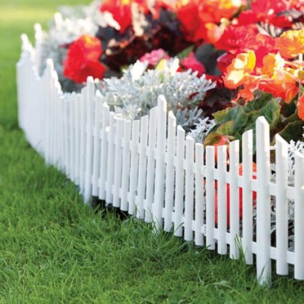 Set 4 bucati gardulet decorativ din plastic, Dimensiuni 60,5 lungime x 32,5cm inaltime