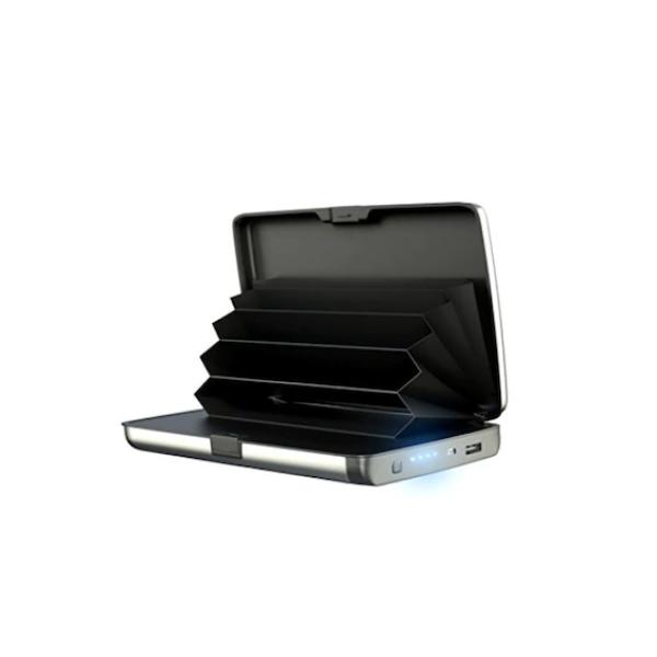 Portofel cu functie de baterie externe si protectie antiscanare carduri